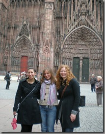 Briony, Kathryn and I in front of the cathedral.